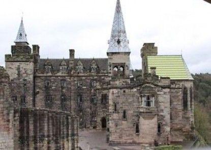 Alton Castle Centre - Hostel