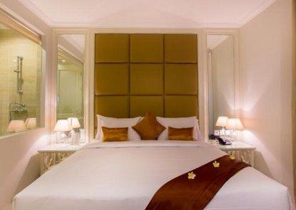 Amalfi Hotel Seminyak Teras