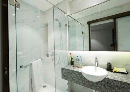 Amanuba Hotel & Resort Rancamaya Kamar Mandi