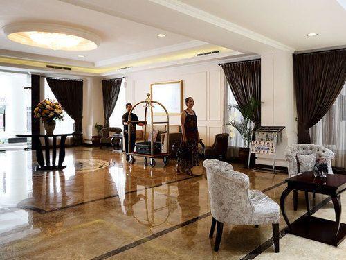 Amarelo Hotel Solo, Solo