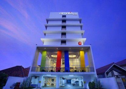 Amaris Hotel Dr. Susilo Grogol Pintu Masuk