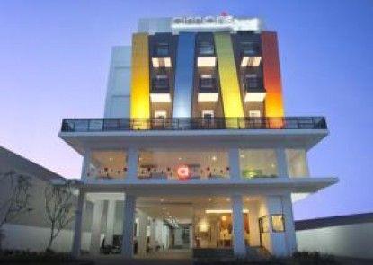 Amaris Hotel Malang Eksterior