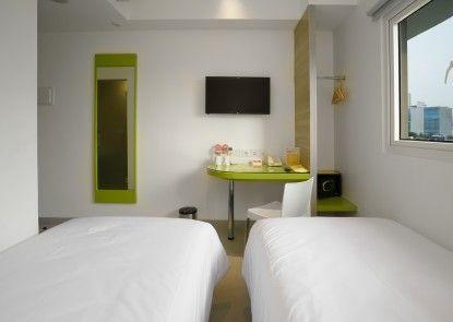 Amaris Hotel Kebon Sirih Teras