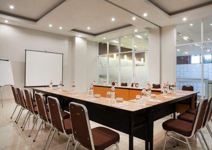 Amaris Hotel Mampang Ruangan Meeting