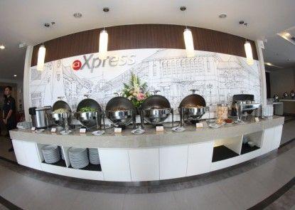 Amaris Hotel Sriwedari Rumah Makan