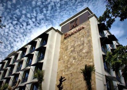 Amaroossa Hotel Bandung Teras
