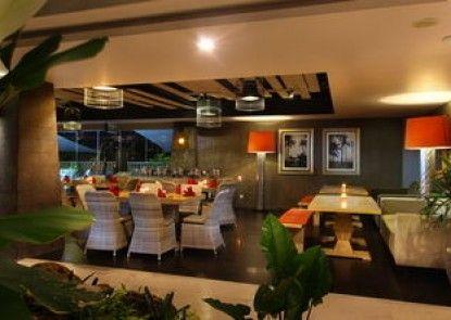 Amaroossa Suite Bali Kamar Tamu