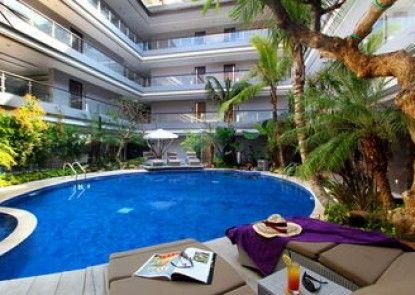 Amaroossa Suite Bali Kolam Renang