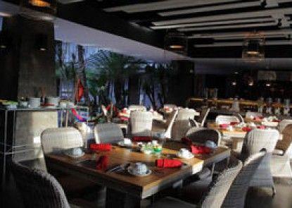 Amaroossa Suite Bali Interior