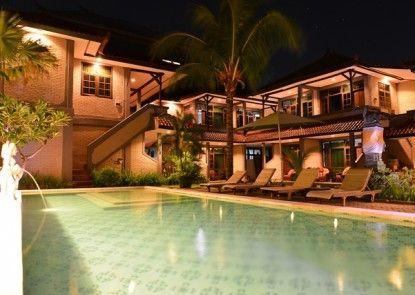 Amazing Hotel Kuta Kolam Renang