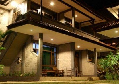 Amazing Hotel Kuta Teras