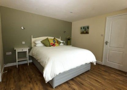 Amberwood Bed and Breakfast