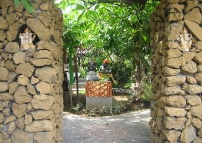Amed Harmony Cafe and Bungalows Teras