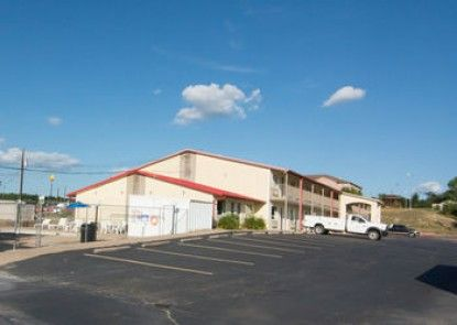 Americas Best Value Inn Buffalo, TX
