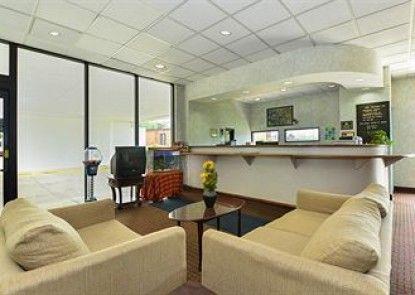 Americas Best Value Inn & Suites - Independence / Cleveland