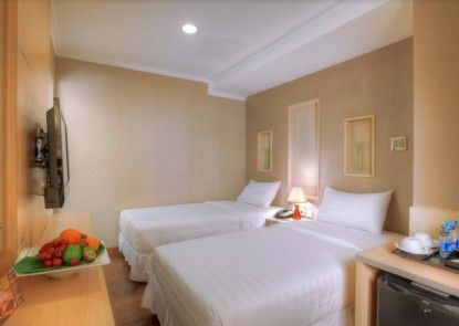 Amos Cozy Hotel Melawai Teras