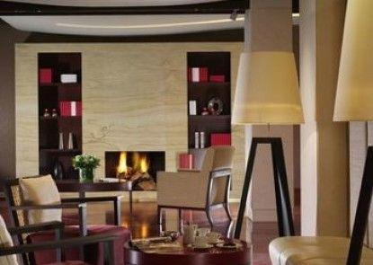 Amphitryon Hotel