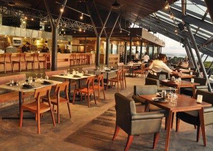 Anantara Seminyak Bali Resort Rumah Makan
