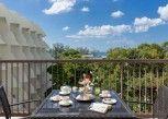 Pesan Kamar Deluxe Balcony di Andaman Embrace Resort