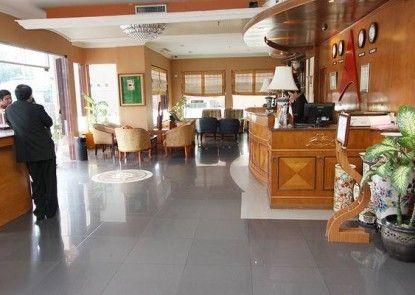 Antares Hotel Medan Lobby