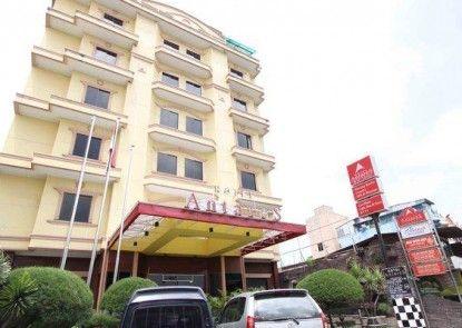Antares Hotel Medan Eksterior