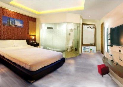 Antoni Hotel Kamar Tamu