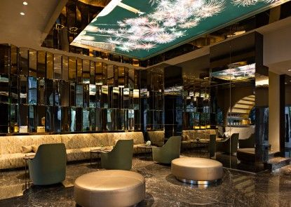 A ONE Hotel Jakarta Lobby