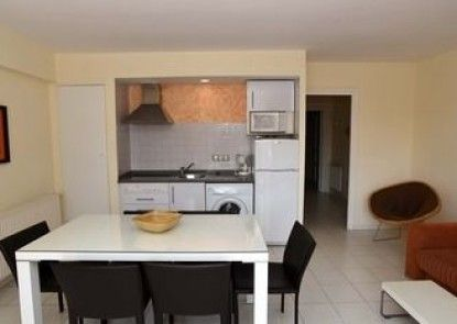 Apartamentos Maurici Park
