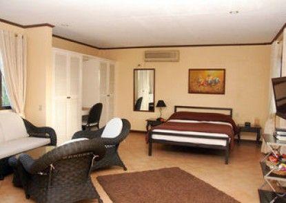 Apartelle Royal