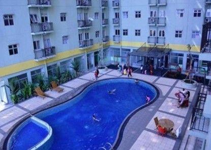 Apartement The Suite@Metro By Prisma Utama Kolam Renang