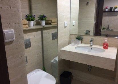 Apartemen Uttara 16A03 Kamar Mandi