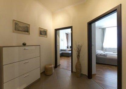 Apartment Karla Capka Street