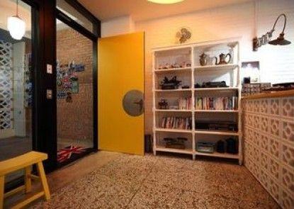 Apartment 321