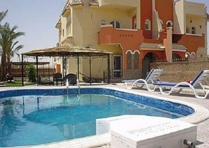 Apartment 55 with private swimming-pool