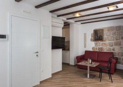 Apartment & Rooms Verdi