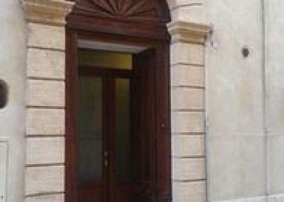 Apartments Palazzo Camozzini