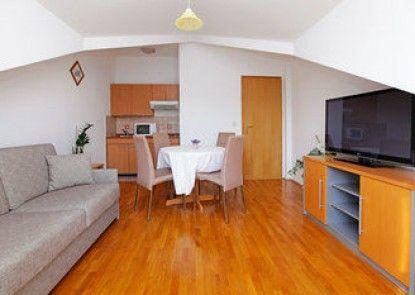 Apartments Vala