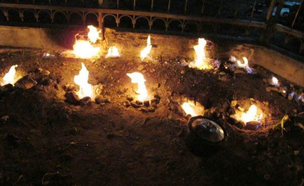 Wisata Api Abadi
