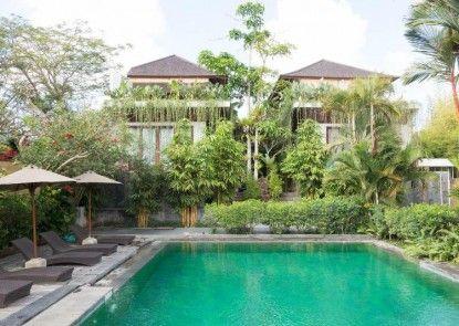 Aqua Bali Villa Kolam Renang