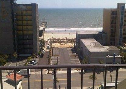 Aqua Beach Inn