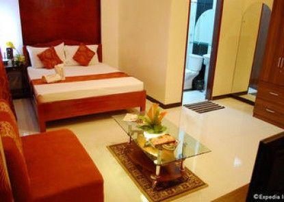 Aquari Travelers Suites