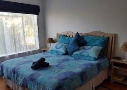 Aquarius Bed & Breakfast