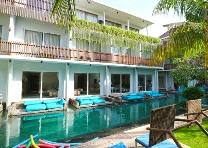 Aquarius Star Hotel Teras