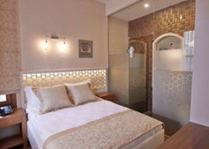 Arart Hotel