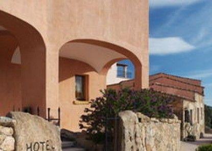 Arathena Hotel