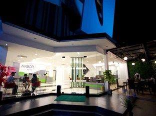 Arbor Biz Hotel, Makassar