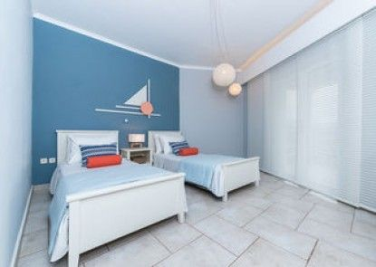 Arkadia Luxury Hotel Apartments