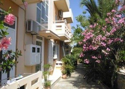 Armonia Apartments