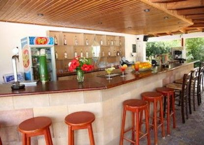 Armonia Beach Hotel