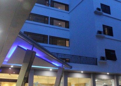 Arnava Hotel Senen Eksterior
